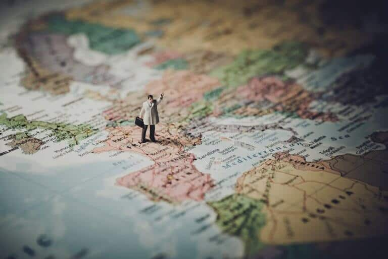 15 Great Benefits of Traveling the World
