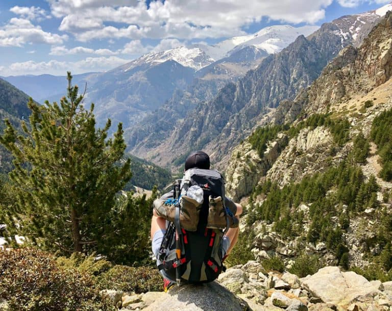 Best Backpack for Travellers: Carry On & Travel Backpack