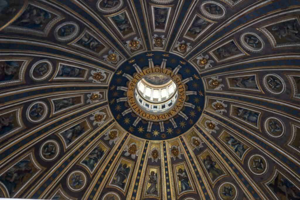 St-Peter's-Dome-inside