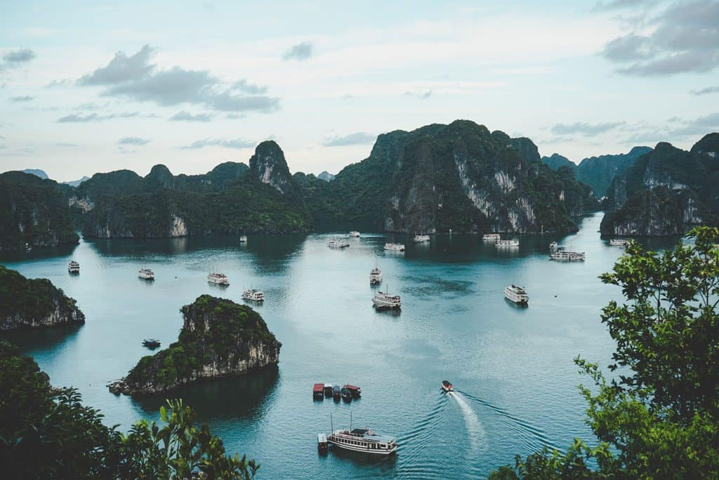 Historical Locations in Vietnam Halong-Bay