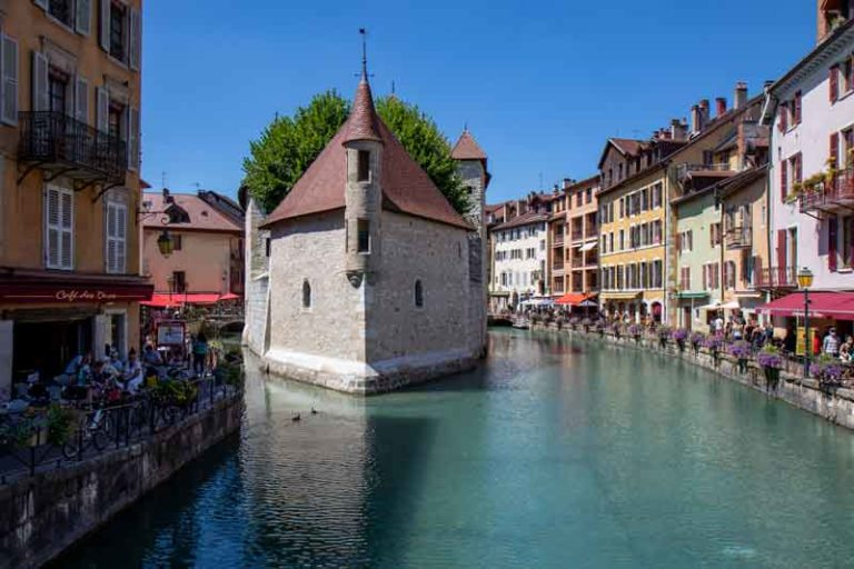 Is Annecy France Worth Visiting? – 9 Reasons to Visit Annecy